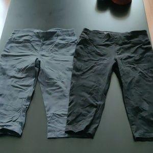 Lot of 2 Danskin crop leggings athletics